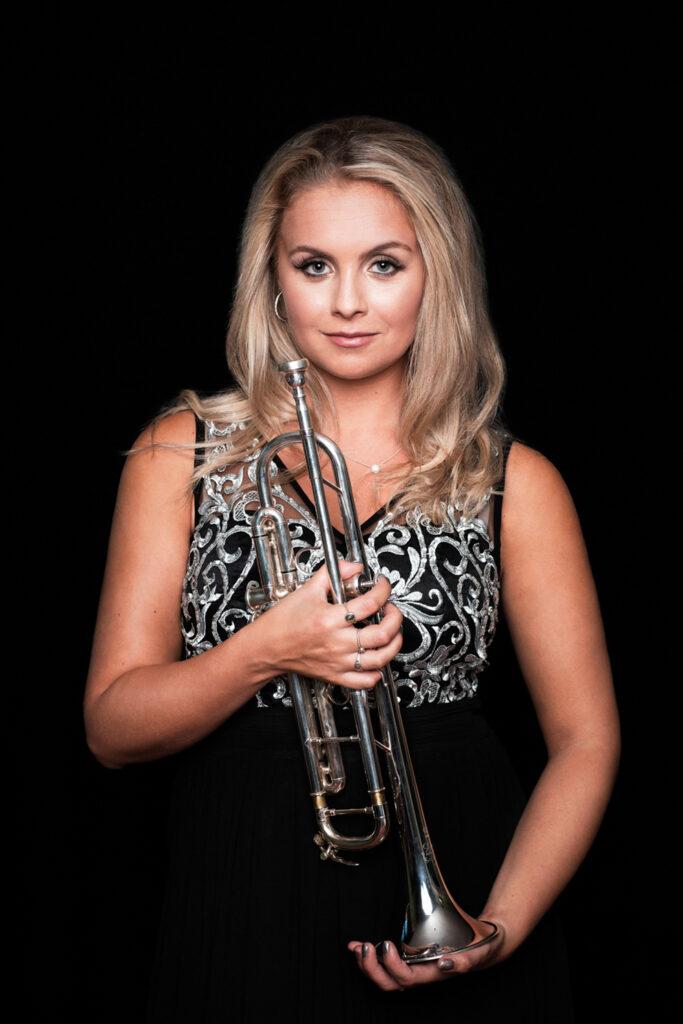 O Radiant Dawn Den unga engelska trumpetstjärnan Matilda Lloyd och supergruppen Gesualdo Six - Tisdag 30 november 19.00 i Dunkers kulturhus